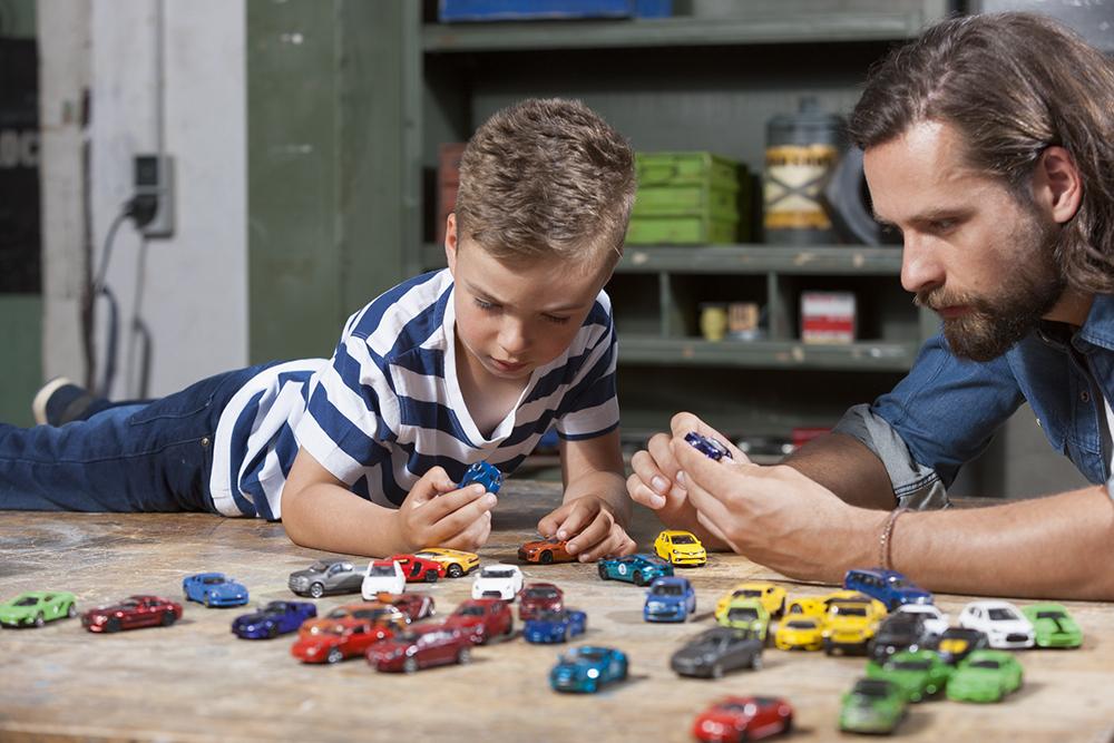 Majorette - 1:64 Premium cars assorted