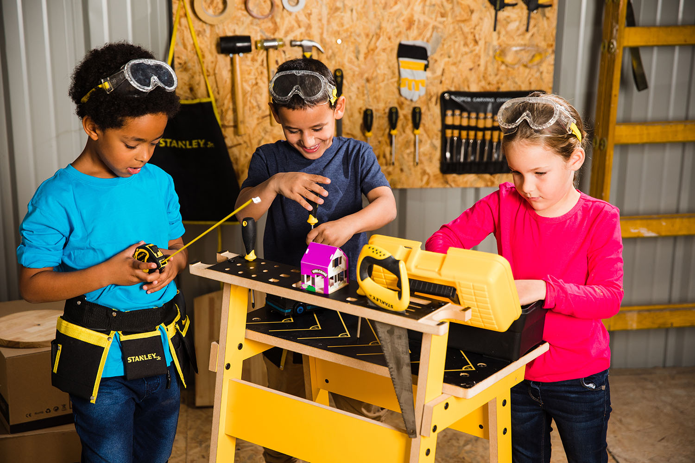 Stanley Jr. Établi de construction pour enfants avec outils