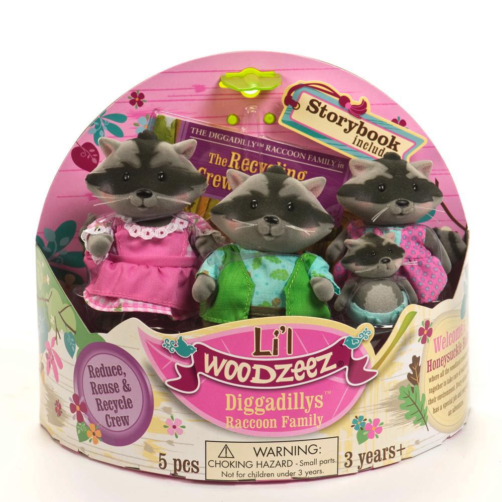 Li'l Woodzeez Raccoon family