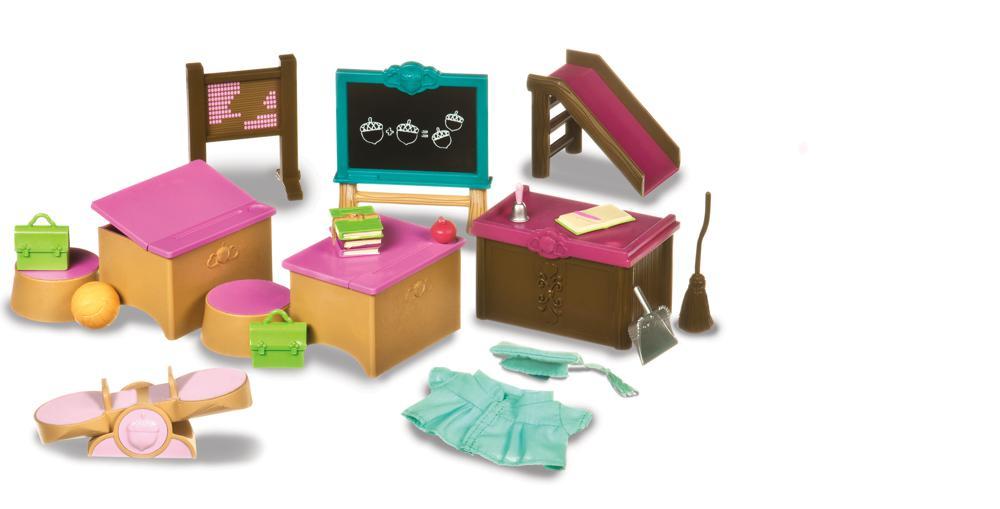 Li'l Woodzeez - Classroom and playground